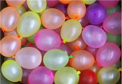Picture Of Water Balloons